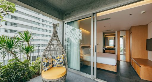 Phong-ba--balcony-from-bedroom_48917235022_o | バルコニー付きPhong Ba